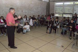 14-11-charla-transito-en-escuela-foto-lucas-tedesco