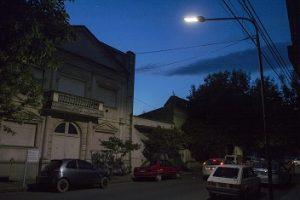 25-11-luces-led-calle-bolivar-01-foto-lucas-tedesco
