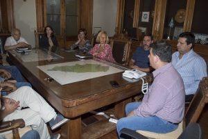 06-01-reunion-intendente-comision-del-parque-02