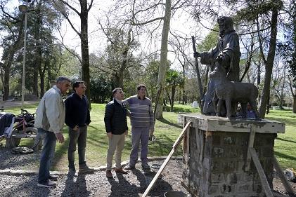 Camino al centenario: Trabajos en el Parque Municipal