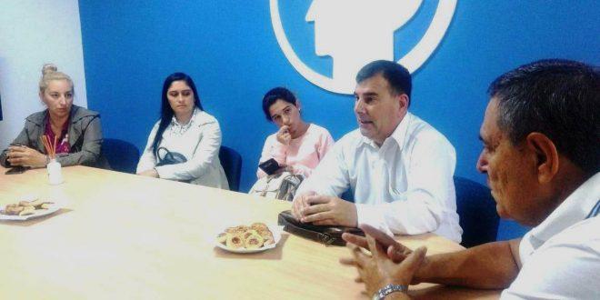 Reunión con adjudicatarios del barrio Bidegain