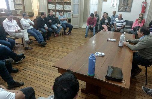 Nueva reunión con comerciantes y representantes del Centro de Almaceneros Minoristas Azul