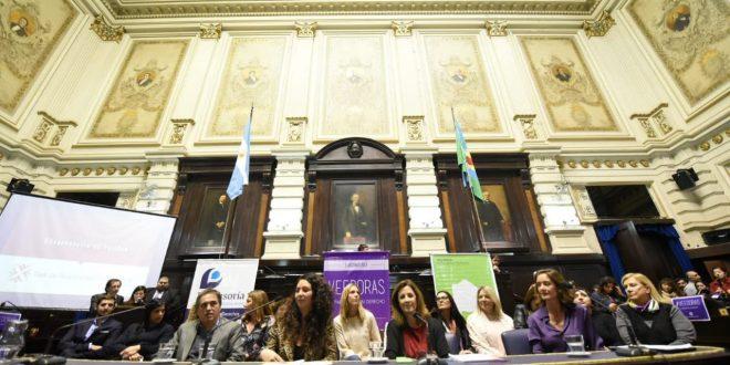 Dos mil personas serán veedoras del cumplimiento de la ley de paridad en la Provincia
